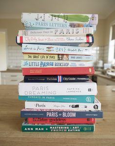 Books to Read Before you Go to Paris | WORLD OF WANDERLUST