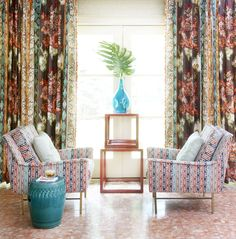 Achieve eclectic interior style in your home with our inspiration, design guides and decorating ideas. Jim Thompson Fabric, Living Room Turquoise, Enter The Dragon, Eclectic Living Room, Custom Drapes, Interior Design Inspiration, Home Textile, Interior Decorating, Decorating Ideas
