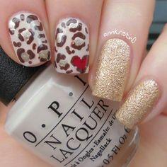 Leo Heart nail art