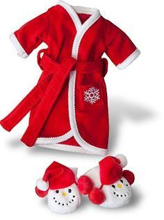 Elf on the Shelf Clothes!  Oh my goodness!  Why couldn't I have came up with this idea? Elf on a Shelf = $$$$$