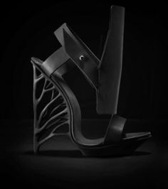 67e0598c7e Marieka Ratsma shoe, 3D printed sole, leather upper Pretty Shoes, Cute Shoes ,