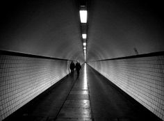 One point perspective photography Subway