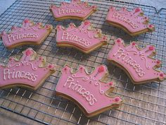 I have this cookie cutter! Torta Princess, Princess Theme Cake, Princess Tea Party, Baby Shower Princess, Disney Princess Cookies, Disney Princess Babies, Disney Princess Birthday, 3rd Birthday Cakes, Birthday Cookies