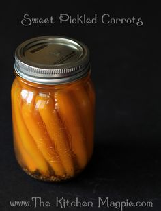 Canned Sweet Pickled Carrots #canning #preserves