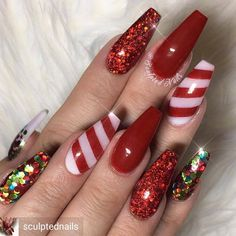 Gorgeous candy cane-red christmas nails # Christmas nails nails Related posts: The cutest and festive Christmas nail designs to celebrate The cutest and festive Christmas nail designs … Chistmas Nails, Cute Christmas Nails, Christmas Nail Art Designs, Xmas Nails, Holiday Nails, Red Nails, Glitter Nails, Red Glitter, Christmas Acrylic Nails