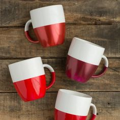 Easy two-toned mugs. Perfect for a warm beverage!