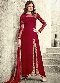 India Emporium provides you with a beautiful collection of casual and party wear salwar Kameez. We also offer designer salwar kameez that you can sport on special occasions. Pakistani Salwar Kameez, Lehenga Choli, Pakistani Dresses, Indian Dresses, Indian Outfits, Shalwar Kameez, Anarkali Suits, Saree, Anarkali Churidar