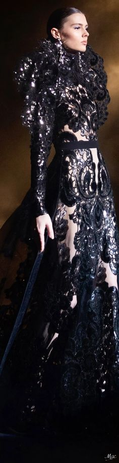 Spring 2021 Haute Couture Elie Saab Evening Attire, Evening Gowns, High Fashion, Fashion Show, Fashion Design, Elie Saab Couture, Ellie Saab, Fashion Sketches, Celebrity Style
