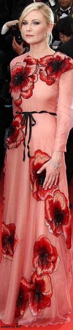 Kirsten Dunst in Gucci l 2016 Cannes Film Festival l Ria