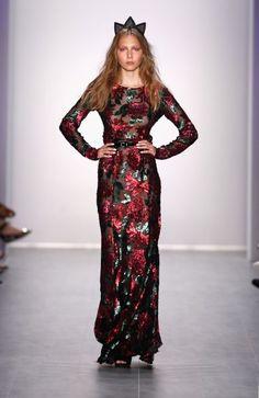 Königlich #fashion #libute #fashionweek #mbfw