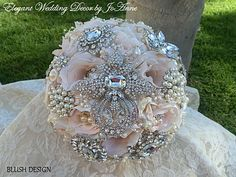 Items similar to Pink and Silver BROOCH BOUQUET - Deposit for this Custom Blush Pink Bridal Brooch Bouquet, Jeweled Bouquet, Pink Bouquet, Wedding Bouquet on Etsy Gold Bouquet, Broschen Bouquets, Wedding Brooch Bouquets, Silk Flower Bouquets, Crystal Bouquet, Crystal Brooch, Silver Brooch, Silk Flowers, Rose Pale