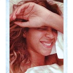 Beyonce Without Makeup: Singer Shares Instagram Photos of Herself Layi - Us Weekly