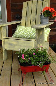 Home and Garden: Le fauteuil Adirondack Outdoor Spaces, Outdoor Chairs, Outdoor Living, Outdoor Decor, Outdoor Ideas, Backyard Ideas, Palette Deco, Spray Paint Projects, My Secret Garden