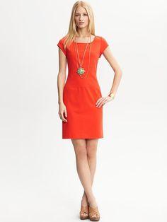 9 to 5 dress you'll wear all summer long.