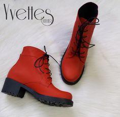 Ghete din piele naturala interior/exterior. Dr. Martens, Combat Boots, Interior, Shoes, Fashion, Moda, Zapatos, Indoor, Shoes Outlet