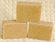 Olive oil soap recipe with calendula by Soap Making Essentials Soap Making Recipes, Homemade Soap Recipes, Homemade Products, Bath Products, Cleaning Products, Olive Oil Soap, Soap Making Supplies, Cleaners Homemade, Soap Molds