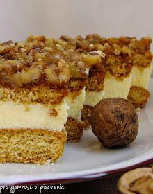 Przyjemność z pieczenia: Orzechowiec czyli cud, miód i orzeszki Cupcake Cakes, Cupcakes, Christmas Appetizers, Macarons, Tiramisu, Baking Recipes, Banana Bread, Food And Drink, Sweets