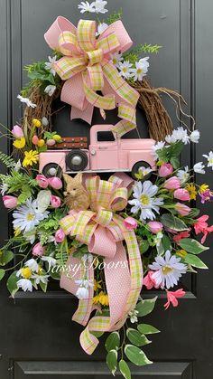 Custom And Unique Door Wreaths Spring Door Wreaths, Christmas Mesh Wreaths, Easter Wreaths, Deco Mesh Wreaths, Summer Wreath, Wreaths For Front Door, Floral Wreaths, Ribbon Wreaths, Yarn Wreaths