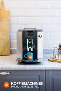 Deze koffiemachines helpen jou om de lekkerste koffie te zetten. Woodworking Plans, Woodworking Projects, Vw T3 Camper, Bar Counter Design, Expensive Candles, Ikea Design, Candle Maker, Home Candles, Cool Coffee Tables