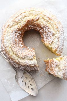 Italian Fresh Cream Lemon Cake recipe,an easy made from scratch, the perfect homemade breakfast, snack cake. An Italian sweet cake. Enjoy!             via @https://it.pinterest.com/Italianinkitchn/