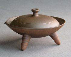 Ceramic Pottery, Ceramic Art, Cooking Over Fire, Pottery Classes, Pottery Designs, Pottery Studio, Tea Ceremony, Cooking Tools, Wabi Sabi