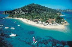 Top 10 Luxury Las Vegas Hotels - coolmansion.com Places To Travel, Places To Visit, Travel Stuff, Castaway Island, Fiji Culture, Fly To Fiji, Visit Fiji, Fiji Beach, Australia Tours