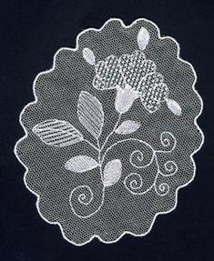 CORSI Bobbin Lace Patterns, Embroidery Patterns, Floral Embroidery, Hand Embroidery, Lace Drawing, Romanian Lace, Ribbon Embroidery Tutorial, Needle Lace, Irish Lace