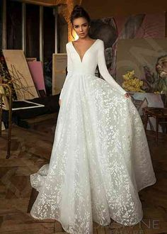 Customized wedding dress factory export trade for ten years, welcome to order we. Zbb Wedding Customized wedding dress factory export trade for ten years, welcome to order wedding dress in batches with their own factory Wedding Dress Glitter, Boho Wedding Dress With Sleeves, Top Wedding Dresses, Wedding Dress Trends, Designer Wedding Dresses, Bridal Dresses, Lace Dress, Wedding Gowns, Mermaid Wedding