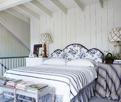 Love this beautiful #Muskoka Style! Hydrangea Hill Cottage: Colette van den Thillart's Muskoka Cottage