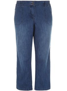 Boyfriend fit jeans are your key to casual-chic looks this season. Opt for the indigo two-button slouch jeans for a shape flattering fit. The plus size jeans boast a double button detail at the waist and an elasticated waistband for all day comfort. Try teaming them with a striped tee and roll up the hems for an off-duty cool look.