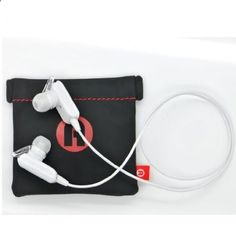 ADSQ mini stereo wireless bluetooth earbuds headsets headphones wMicrophoneintheear A2DP Sports Exercise handsfree earphones earpieces for Iphone 5s 5c 4s 4Ipad 2 3 4 New Ipad Ipod Android Samsung Galaxy Smart Phones Bluetooth Devices white -- Want to know more, click on the affiliate link Amazon.com.