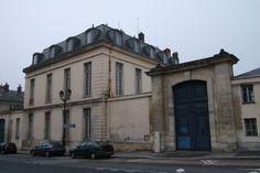 Hotel-du-Grand-Controle-Versailles.jpg (600×401)