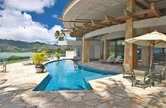 Oahu Real Estate and Hawaii Luxury Homes Beautiful Homes, Beautiful Places, Amazing Places, Buying Investment Property, Hawaiian Homes, Expensive Houses, Waterfront Homes, My Dream Home, Dream Homes