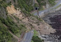 New Zealand is planning to send in military helicopters and a navy ship to rescue about 1,000 tourists and hundreds of residents who remain stranded in the coastal town of Kaikoura after a powerful earthquake on...