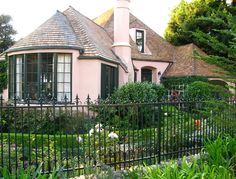 A Seaside Cottage - The Hasenyager House was built in 1931 by MJ Murphy in a French Tudor style and was restored in Carmel, CA French Cottage Garden, Tudor Cottage, Fairytale Cottage, Tudor House, Cozy Cottage, Cottage Homes, Cottage Style, Cottage Pie, Cottage Gardens