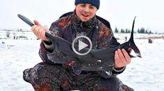 Эта рыбалка просто прикол Ловилась рыба а пополось  жесть Смотреть видео...
