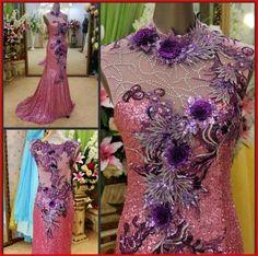 YZ New Arrival Gorgeous Luxurious Swarovski Crystals Bridal Wedding Dress YXVY