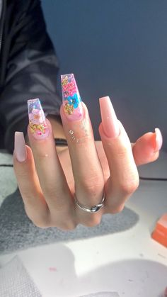 In seek out some nail designs and ideas for your nails? Here's our list of 19 must-try coffin acrylic nails for fashionable women. Fabulous Nails, Perfect Nails, Gorgeous Nails, Nail Art Designs, Acrylic Nail Designs, Nails Design, Flower Nail Designs, Birthday Nail Art, Aycrlic Nails