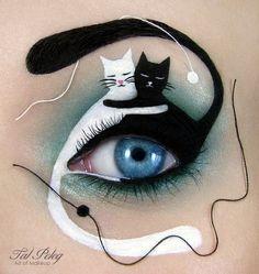 Wow, wat knap. Deze opgemaakte ogen zijn wel heel bijzonder. Tal Peleg is een visueel artiest uit Israël en combineert design met make-up.