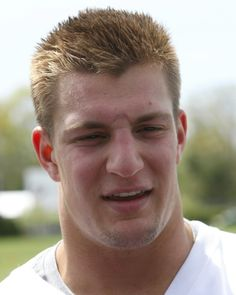 Get to know...Rob Gronkowski (click for Boston.com article) #Patriots