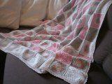 Háčkované čtverečky | Mimibazar.cz Plaid Scarf, Desi, Crochet, Blankets, Crocheting, Blanket, Chrochet, Cover, Thread Crochet