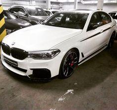 50 вподобань, 5 коментарів – LV (@vlnao) в Instagram: «Raketa #BMW#M550i#xdrive#Mperformance#473hp»