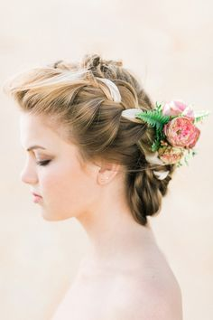 Wedding Hair Inspiration with Florals | Photos by Ashley Ludaescher