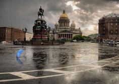 a blue umbrella. Blue Umbrella, Rainy Night, Gloomy Day, Petersburg Russia, Saint Petersburg, City Landscape, Big Ben, Wander, Taj Mahal