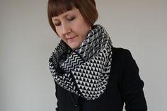 Ravelry: Shallmillens Snood pattern by Donna Smith