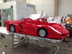 Cama Ferrari Fabricada en fibra de vidrio. Contamos con envíos a toda la república. Cel/whatsapp: 2226112399 https://www.facebook.com/mueblesvintagenial
