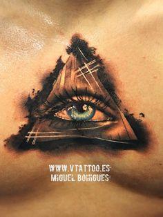Ojo iluminati - Miguel Bohigues - Vtattoo