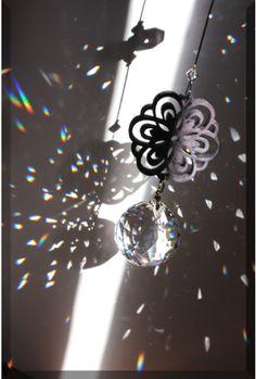 ◆ モノトーンカラーのサンキャッチャー ◆ - 越谷ハンドメイド教室*手づくりを楽しむ空間 ◆Balloon+Cafe◆