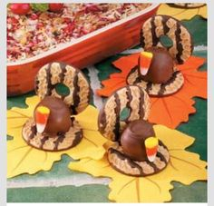 Decorative Thanksgiving Foods: Turkey cookies