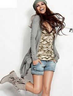 hippie girl:  love the boots, shirt, sweater, and hair!